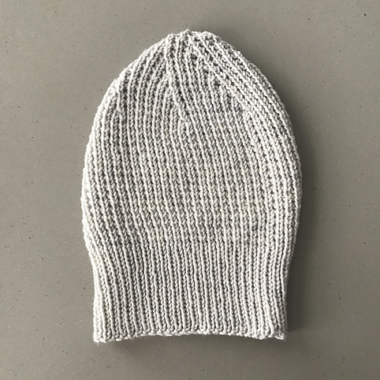 Slouchy_hat_rib_side